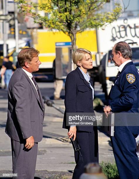 BLUE Three Girls and a Baby Season Five 10/14/97 Gordon Clapp Andrea Thompson