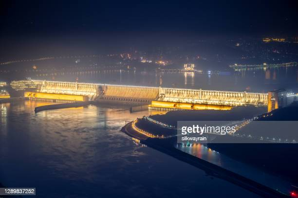 three gorges dam at night - hubei province stock pictures, royalty-free photos & images