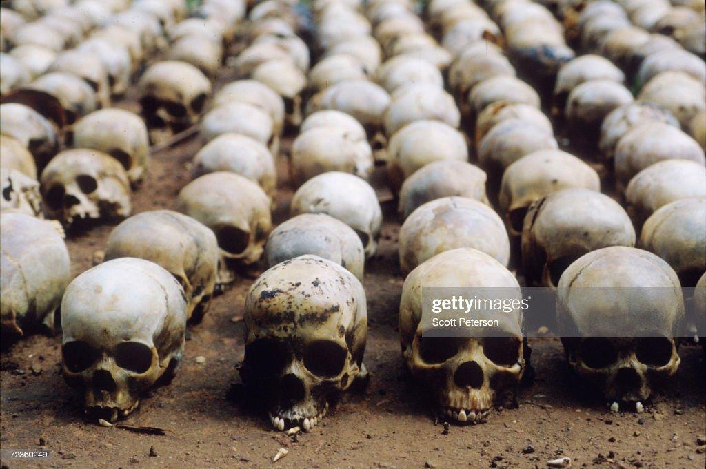 One Million Tutsis Murdered in Rwanda : ニュース写真