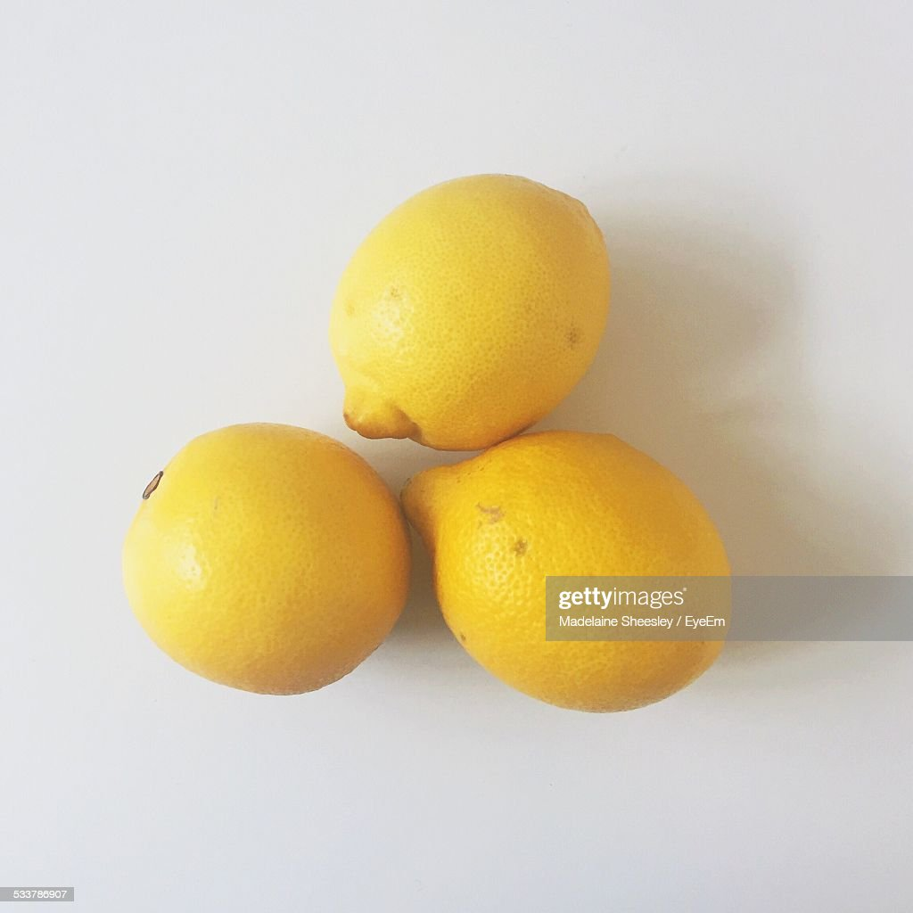 Three Lemons On White : Foto stock