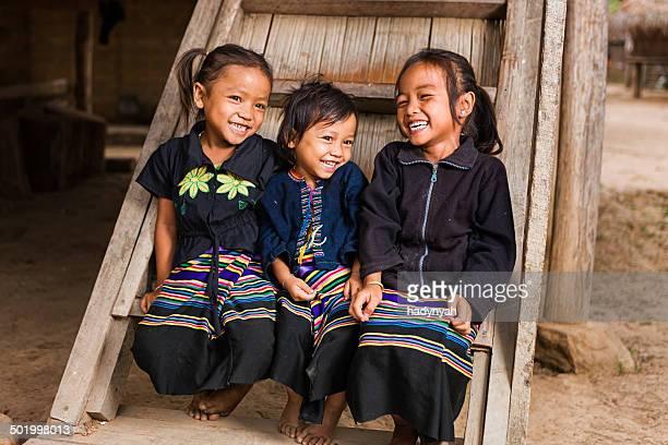 3 つの小さな女の子の北部ラオス - ラオス ストックフォトと画像