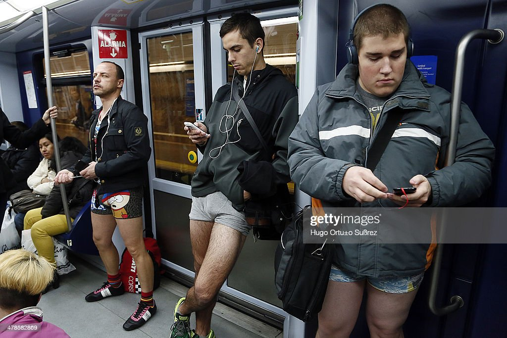 hand-in-pants-public