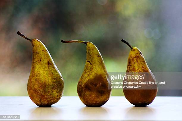 three pears on a table - gregoria gregoriou crowe fine art and creative photography fotografías e imágenes de stock
