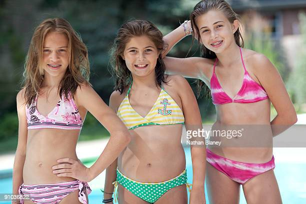 three portrait girls - 8 9 years photos stock photos and pictures