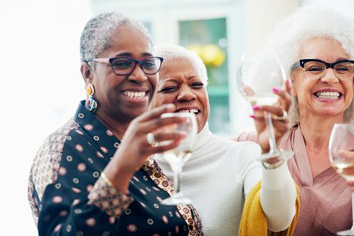 three senior women toasting with wine glasses - gettyimageskorea