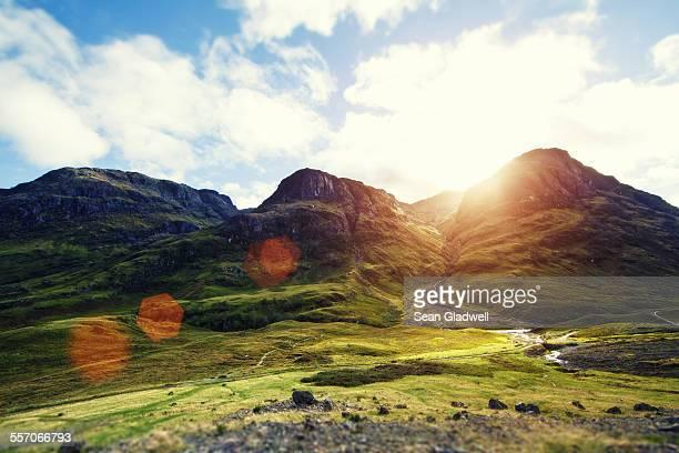 three sister mountains - グレンコー ストックフォトと画像