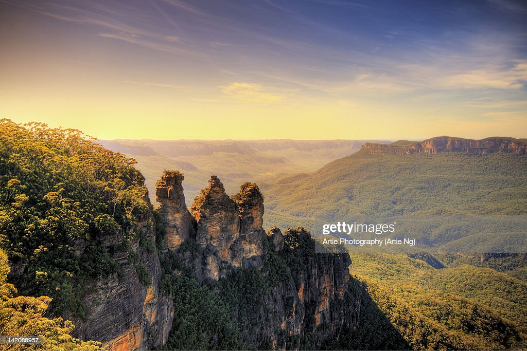 Three Sisters at Echo Point : Stock Photo