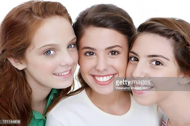 Tres adolescentes