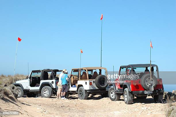 three tj jeep wranglers between robe and beachport, south australia - jeep wrangler stock photos and pictures