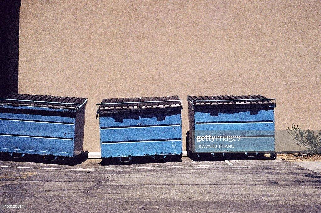 Three Trash Bins. : ストックフォト