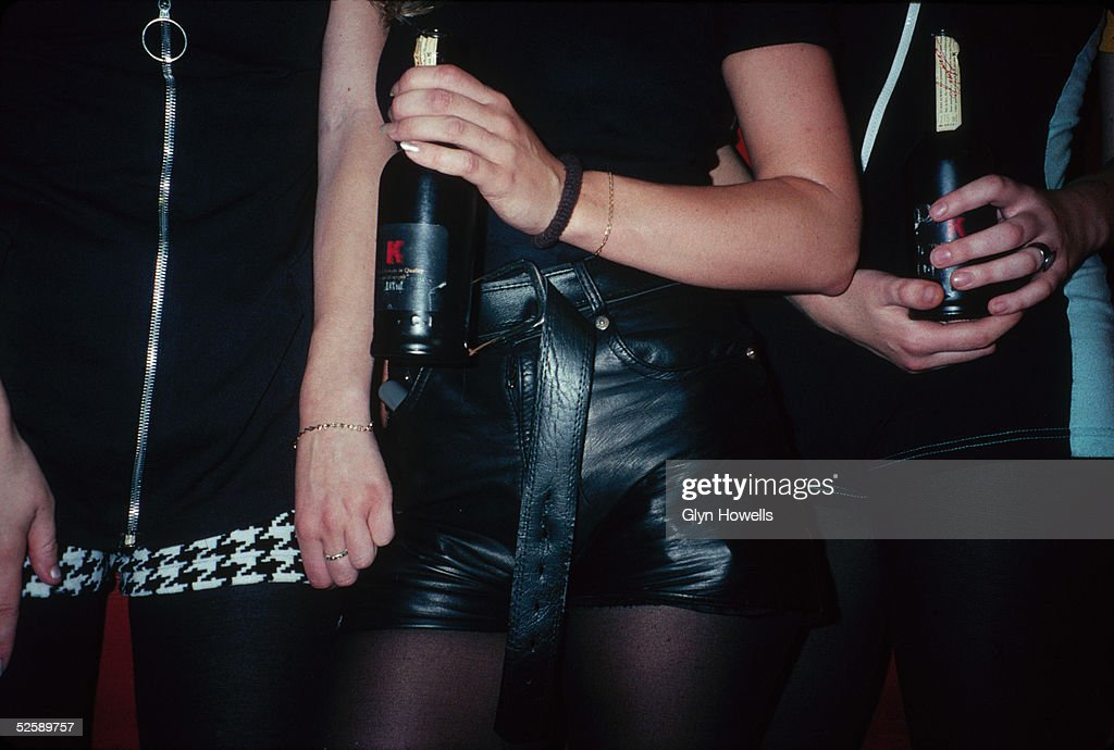 Clubbers In Hot Pants : News Photo