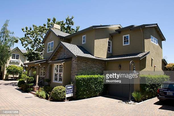 A threebedroom 25 bath550 squarefoot house listed for $1000 stands in Menlo Park California US on Tuesday May 22 2012 Facebook Inc's Silicon Valley...