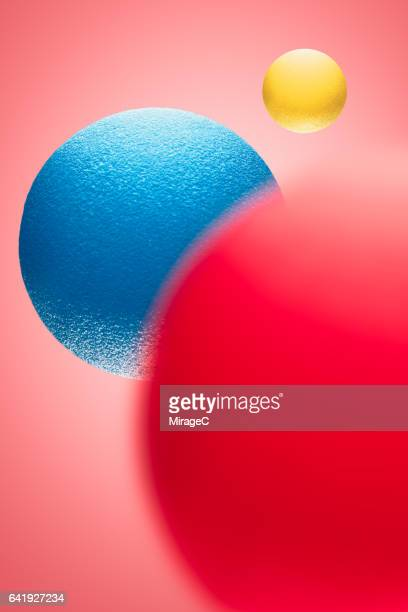 Three-primary Colors Balls in Mid Air