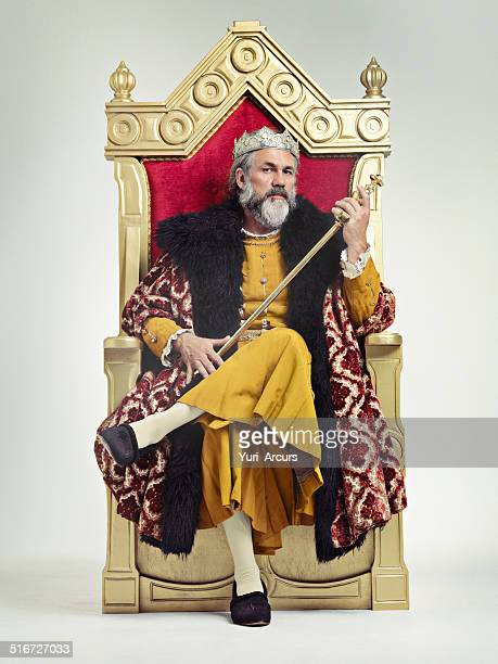 throne of the kings - koning koninklijk persoon stockfoto's en -beelden