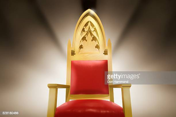 throne - throne stock pictures, royalty-free photos & images