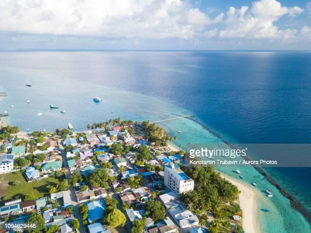 thulusdhoo island, maldives - hoofdstad stockfoto's en -beelden