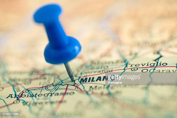 Puntina da disegno sulla città di Milano