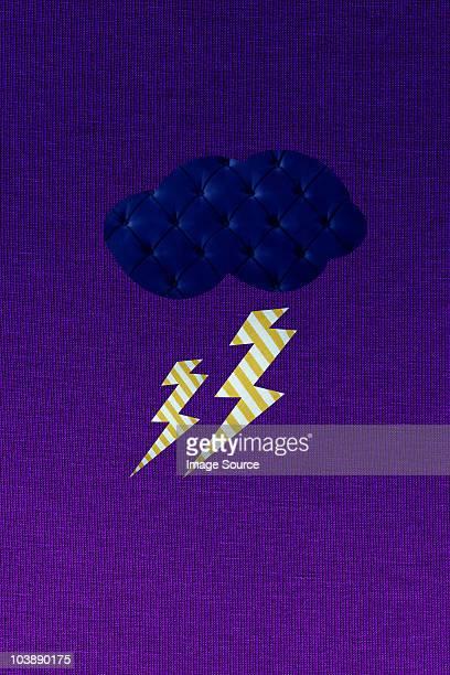 thunder storm and lightning - aplique arte de la costura fotografías e imágenes de stock