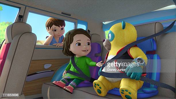 OSO 'Thunderbelt' Oso teaches Maya how to buckle her seat belt before she and her safetyconscious mom drive to a family picnic This episode of Disney...