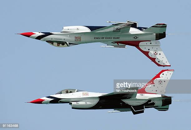 Thunderbirds perform at the eighth annual Defence Force Air Show at The Strand on September 26 2009 in Townsville Australia Today's event culminated...