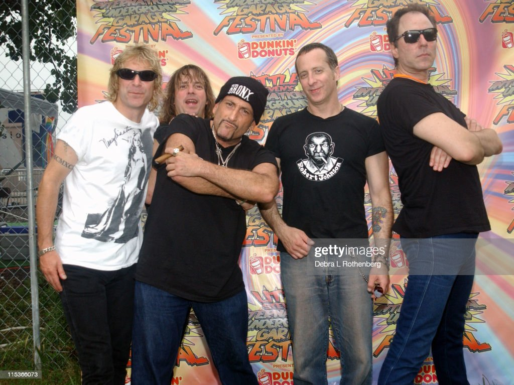 J.P. 'Thunderbolt' Patterson, Ross 'The Boss' Friedman, Handsome Dick Manitoba, Scott Kempner and Andy Shernoff of the Dictators
