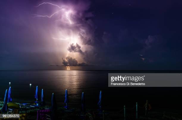 thunderbolt - benedetto photos et images de collection