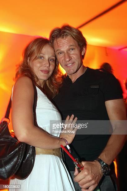 """Thure Riefenstein Und Patricia Lueger Bei """"Wir Lieben Kino - Director'S Cut"""" Party Auf Der Praterinsel In München Am 210608 ."""