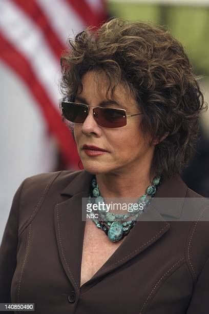 WING 'NSF Thurmont' Episode 1 Aired 10/20/04 Pictured Stockard Channing as Abbey Bartlet Photo by Eric Liebowitz