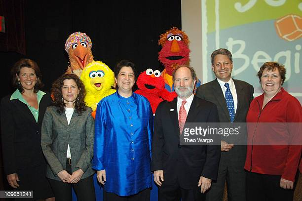 Thursday March 30, 2006 - Executives from Sesame Workshop and ZERO TO THREE Sherrie Rollins Westin, Claire Lerner, Dr. Rosemarie Truglio, Matthew...