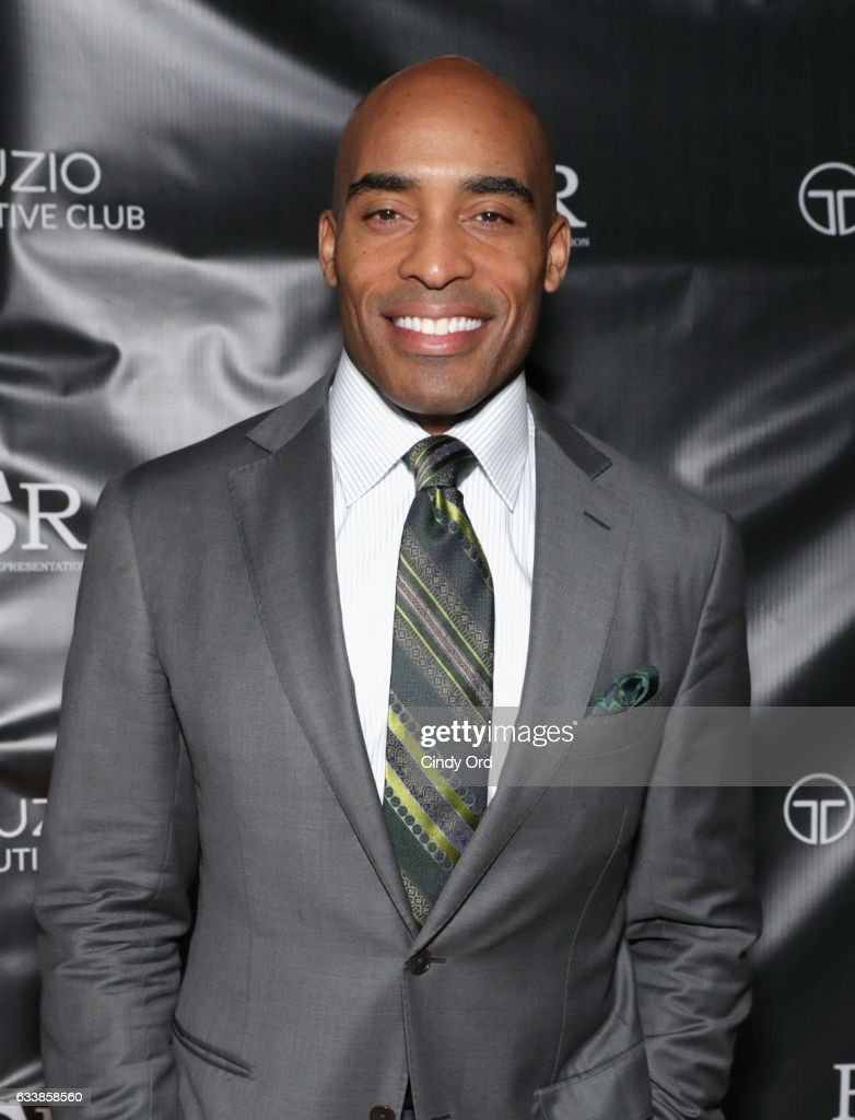 Thuzio Executive Club co-founder Tiki Barber arrives at the Thuzio Executive Club and Rosenhaus Sports Representation Party at Clutch Bar during Super Bowl Weekend, on February 4, 2017 in Houston, TX.