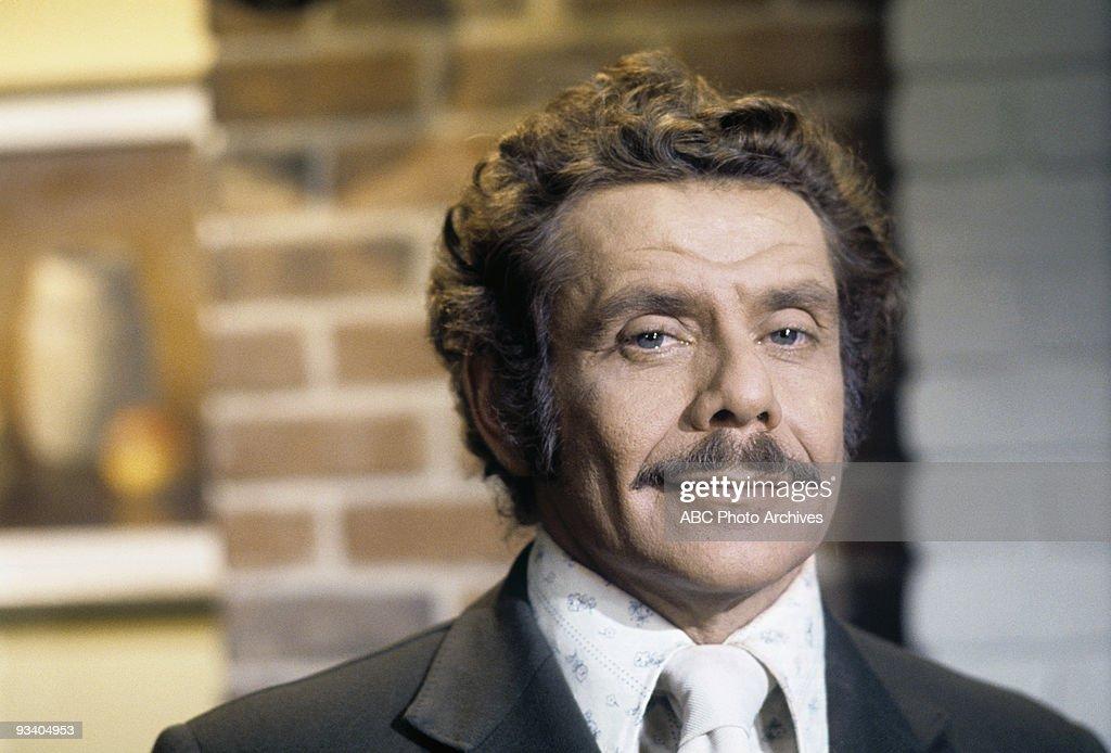 Jerry Stiller in The Courtship of Eddie's Father : News Photo
