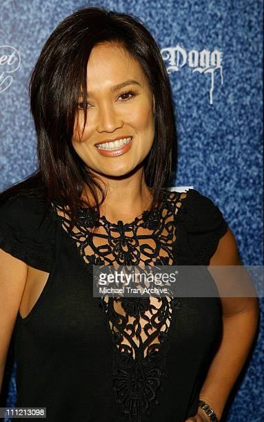 Tia Carrere Bilder Und Fotos Getty Images