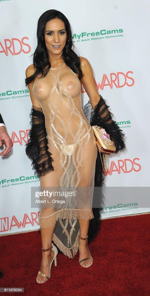 nude-award