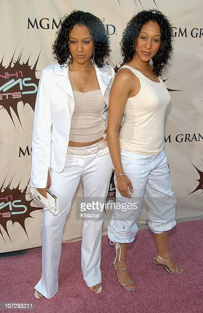 Tia Mowry and Tamera Mowry during VH1 Divas Duets A Concert to Benefit the VH1 Save the Music Foundation Arrivals at MGM Grand Garden Arena in Las...