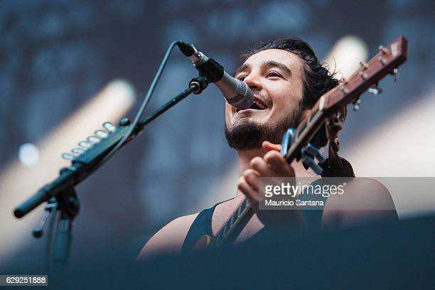 Tiago Iorc performs live on stage at Allianz Parque on December 10 2016 in Sao Paulo Brazil