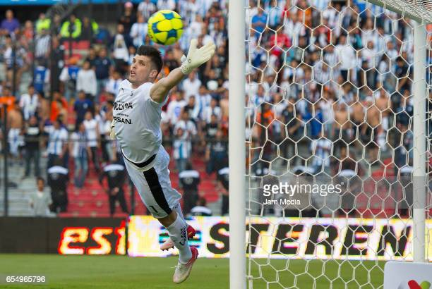 Tiago Volpi goalkeeper of Queretaro dives for the ball during the 11th round match between Queretaro and Pachuca as part of the Torneo Clausura 2017...