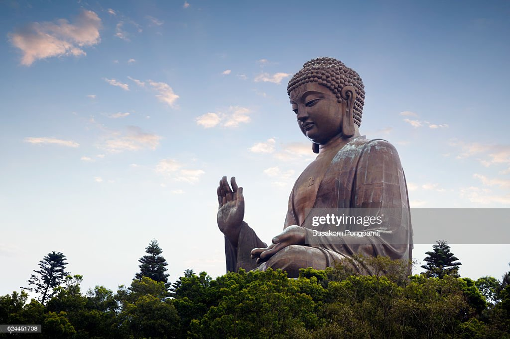Tian tan buddha in the morniing : Stock Photo