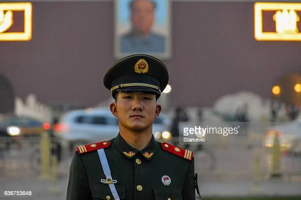 tiananmen square - beijing, china - uniforme militar - fotografias e filmes do acervo