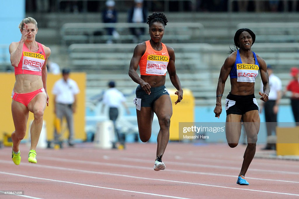 Tianna Bartoletta (2R) and Simone Facey (R) compete in the 100m during the Seiko Golden Grand Prix Tokyo 2015 at Todoroki Stadium on May 10, 2015 in Kawasaki, Japan.
