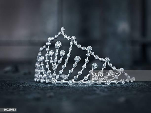 tiara - princess stock pictures, royalty-free photos & images
