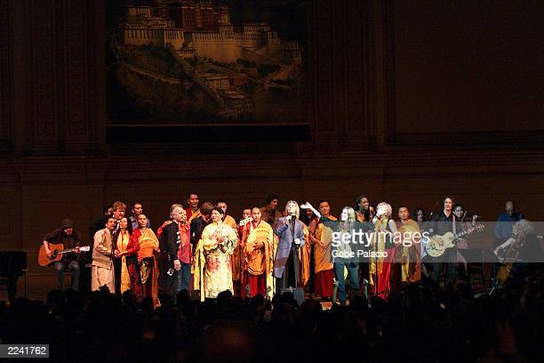 Tibet House Benefit Concert 2001 with artistic director Philip Glass Dana Bryant Emmylou Harris Patti Smith David Bowie Nawang Khechog Natalie...