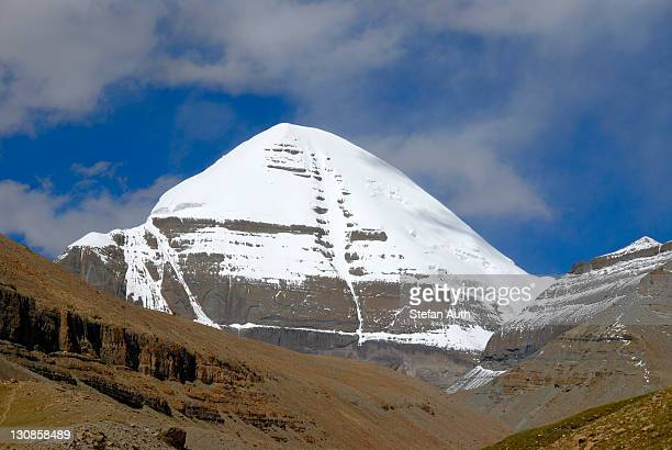 tibetan buddhism, sacred snow-covered mountain, peak of kailash, south side with channel, gang rinpoche, gang tise mountains, trans-himalaya, himalayas, tibet autonomous region, people's republic of china, asia - mt kailash stock pictures, royalty-free photos & images