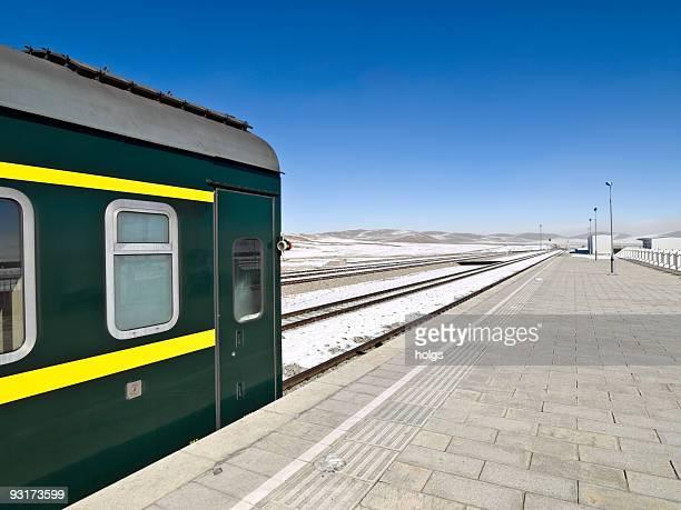 tibetan railway scene - lhasa stockfoto's en -beelden