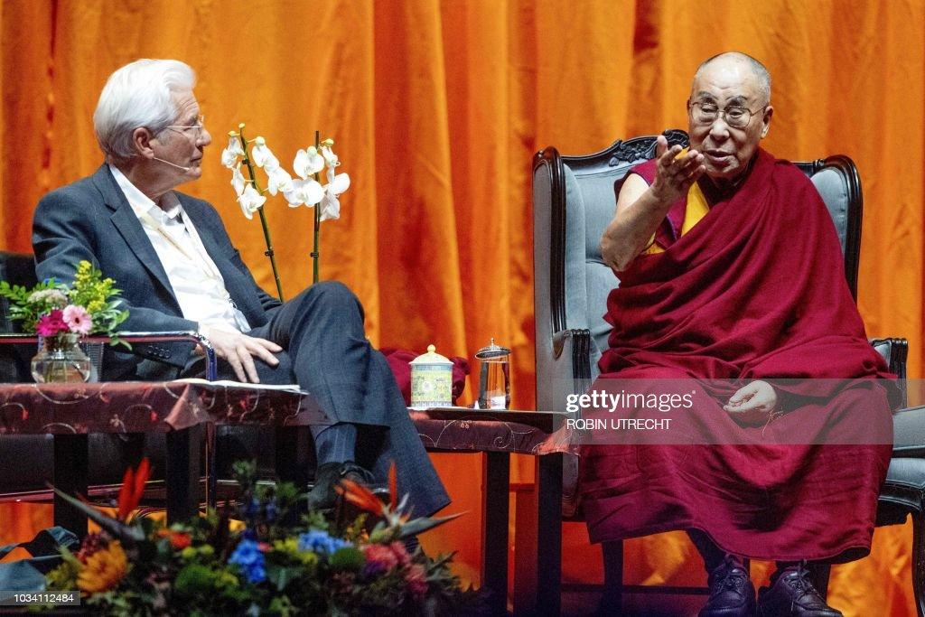 NETHERLANDS-RELIGION-TIBET-DALAI LAMA : News Photo