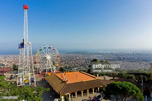tibidabo amusement park, barcelona, spain. - tibidabo stock pictures, royalty-free photos & images