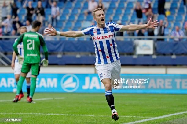 Tibor Halilovic of SC Heerenveen celebrates 2-0 during the Dutch Eredivisie match between SC Heerenveen v RKC Waalwijk at the Abe Lenstra Stadium on...