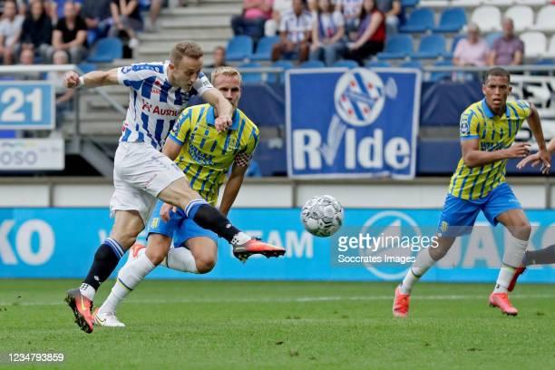 Tibor Halilovic of SC Heerenveen scores the second goal to make it 2-0 during the Dutch Eredivisie match between SC Heerenveen v RKC Waalwijk at the...