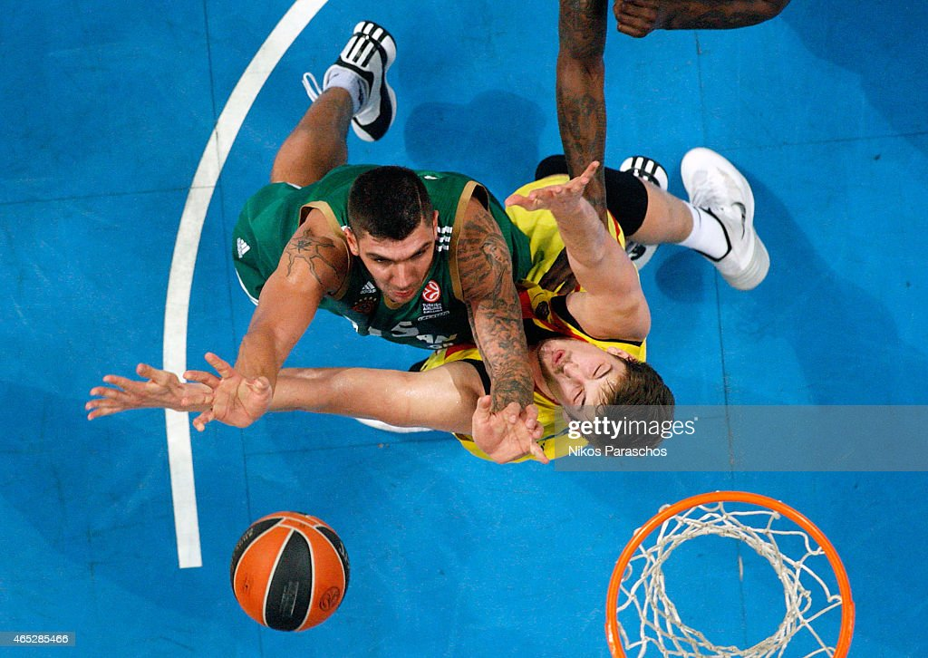 Tibor Pleiss, #21 of FC Barcelona competes with Esteban Batista, #15 of Panathinaikos Athens during the Turkish Airlines Euroleague Basketball Top 16 Date 9 game between Panathinaikos Athens v FC Barcelona at Olympic Sports Center Athens on March 5, 2015 in Athens, Greece.