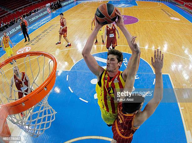 Tibor Pleiss #21 of FC Barcelona in action during the Turkish Airlines Euroleague Basketball Top 16 Date 14 game between Galatasaray Liv Hospital...