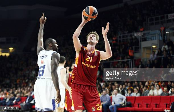 Tibor Pleiss #21 of Galatasaray Odeabank Istanbul in action during the 2016/2017 Turkish Airlines EuroLeague Regular Season Round 24 game between...
